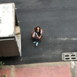 Tragedias griegas modernas: Mudanzas